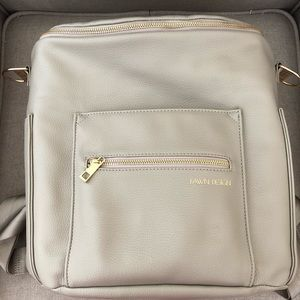 FAWN diaper bag. EUC. Gray with gold hardware.
